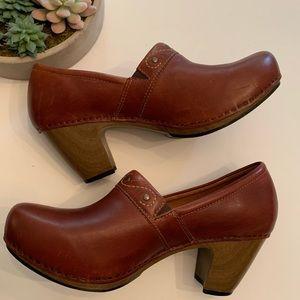 Dansko Brown Leather Clogs Chunky Heels 42 12
